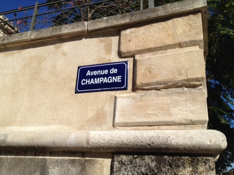 Sign for the world-famous Avenue de Champagne!